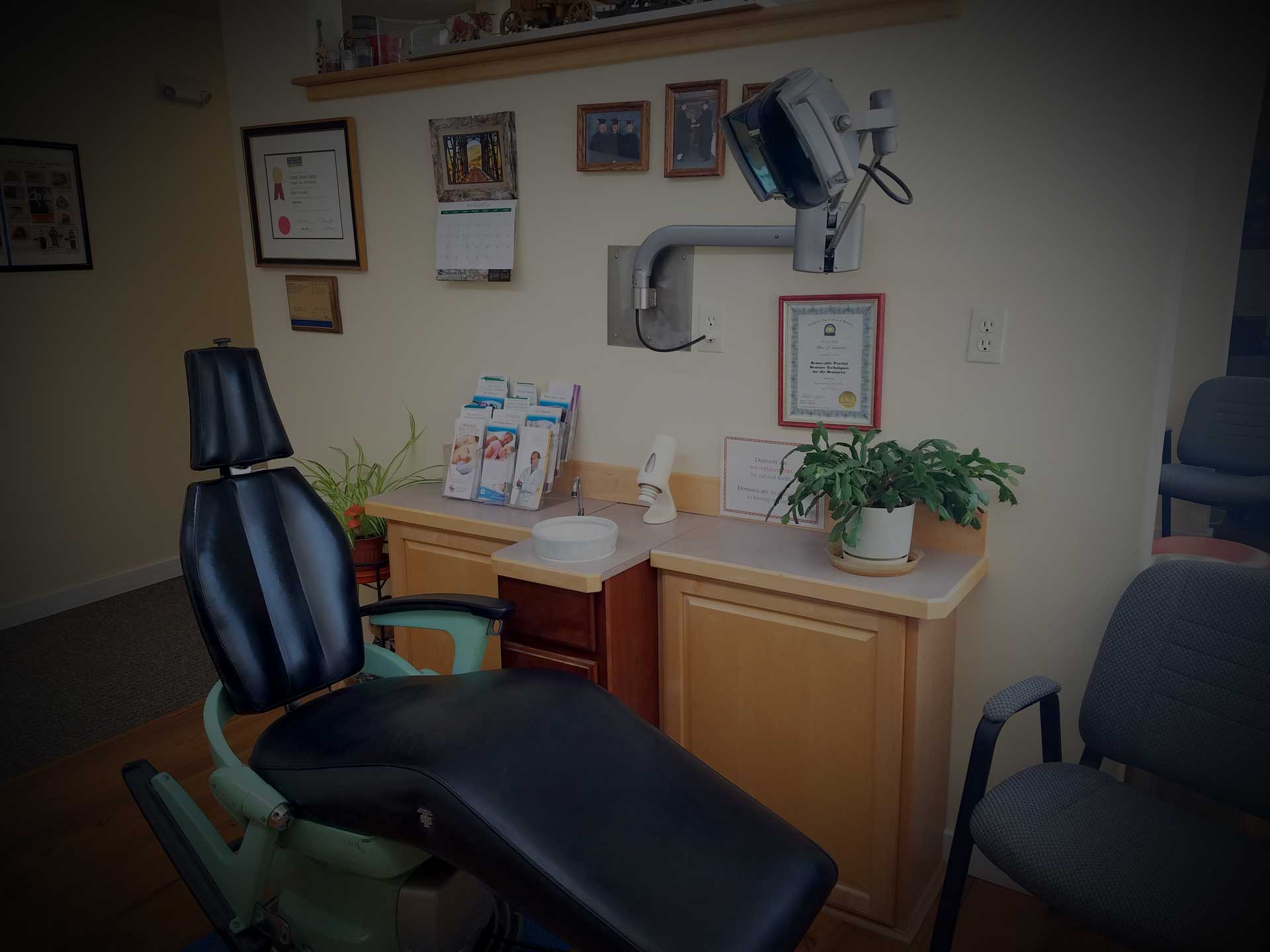 First Impressions Denture Clinic LLC, 215 Smelter Ave NE, Suite 3